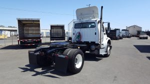 2012 Freightliner Day Cab Single Drive axle 05-150x150