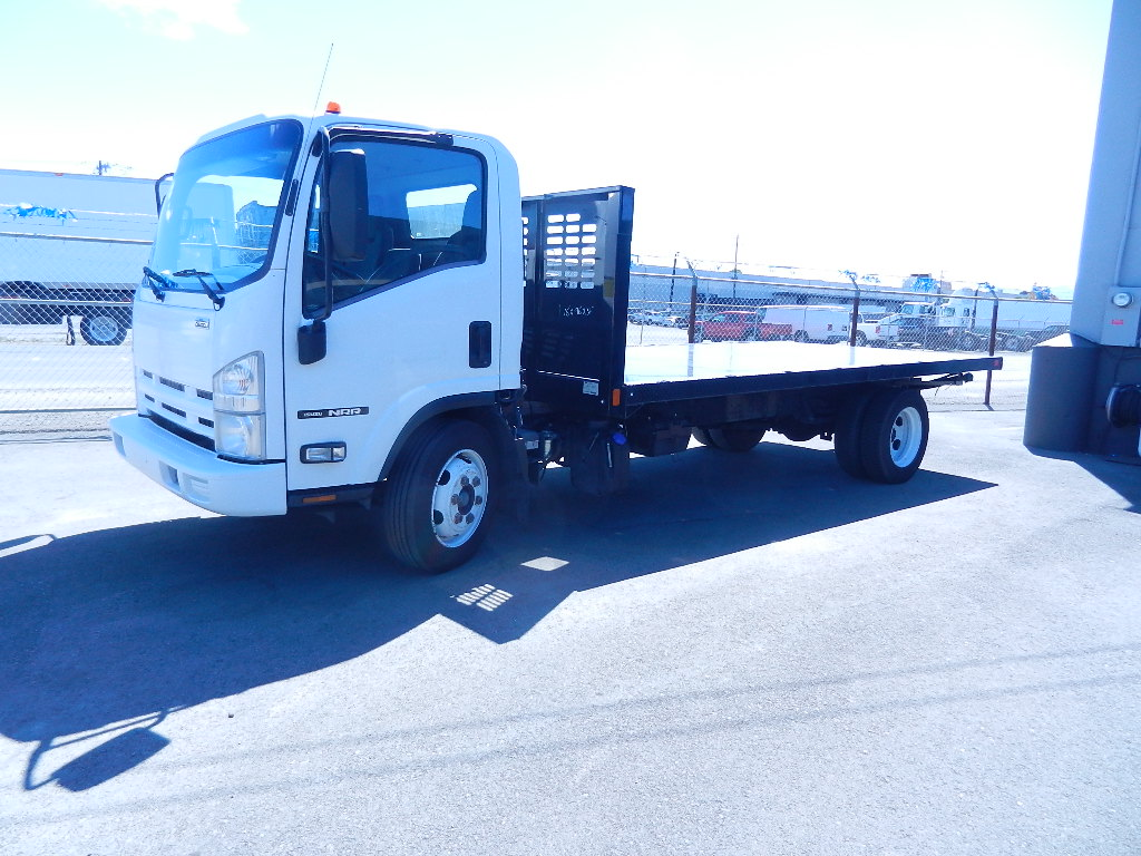 2015  ISUZU NRR  16ft flat bed or CAB & Chassis    $39,750 with Flatbed  $ 35,500 cab & chassis DSCN2274-1