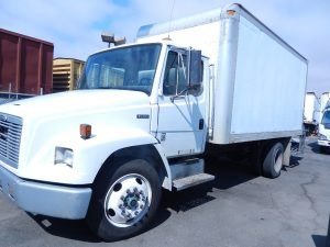 2000 FREIGHTLINER FL60 (OUT OF STATE PURCHASE ONLY) DSCN2716-150x150
